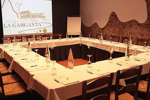 Sala de reuniones 4 Complejo Turístico La Garganta tu balcón al Caminito del Rey | @lagarganta.com