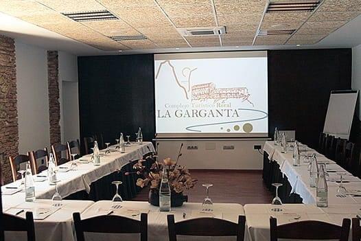 Sala de reuniones 5 Complejo Turístico La Garganta tu balcón al Caminito del Rey | @lagarganta.com
