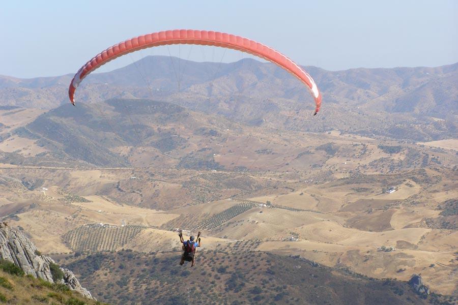 Vuelo en parapente en Valle de Abdalajís